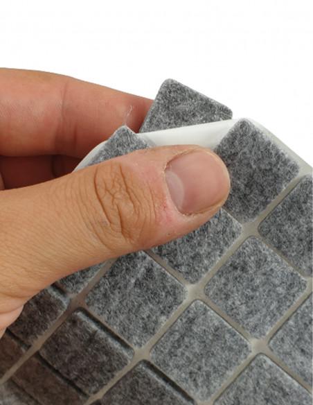 Podkładki filcowe samoprzylepne kwadrat 20x20mm szare op. 28 szt KM321